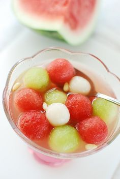 Subak Hwachae (Korean Watermelon Punch) - Korean Bapsang RICE CAKE BALLS!!!