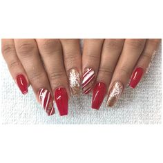 #christmasnails #rednails #candycane #coffinnails #glitternails  Instagram @shuey_cortez