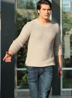 Sweater Link ----> http://goo.gl/QsLP1a