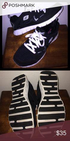 Skechers memory foam sneakers Very comfortable memory foam inside. Bottom of shoe has a flexible sole. Great condition. Only worn a few times. Skechers Shoes Sneakers