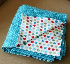 polka dot things | things i made: Polkadot Baby Blanket