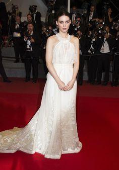 Rooney Mara sur le tapis rouge