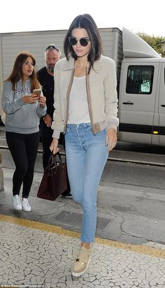 Dressed down day: Kendall Jenner was tired of the glamour of Paris Fashion Week and opted ...