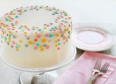 Cute, simple cake decorating idea on the outside...OH MY WORD on the inside...!