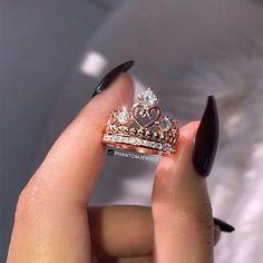 Elegant Diamond Ring for Engagement