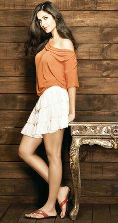 Katrina Kaif Hot & Sizzling Images : Indian Celebrities - Page 9 Katrina Kaif Bikini, Katrina Kaif Hot Pics, Katrina Kaif Images, Katrina Kaif Photo, Beautiful Bollywood Actress, Beautiful Indian Actress, Indian Celebrities, Bollywood Celebrities, Indian Bollywood