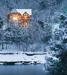 Dream home:  cabin by the lake, snow at Christmas!