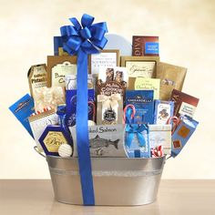 Unique gift baskets for your loved ones. We have the best gift baskets and best priced gift baskets guaranteed. Find wine gift baskets food gift baskets and more! Wine Country Gift Baskets, Gourmet Gift Baskets, Christmas Gift Baskets, Gourmet Gifts, Butterscotch Candy, Caramel Cookies, Lindt Truffles, Chocolate Raspberry Cake, Chocolate Toffee