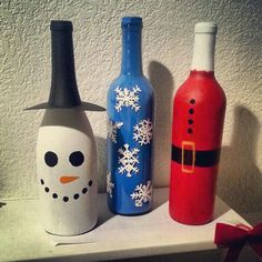 I made my christmas winebottles a little different, but they still turned out super cute! Another easy decor idea!