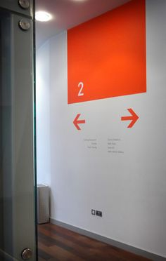 Directional signage that is bold colorblocks