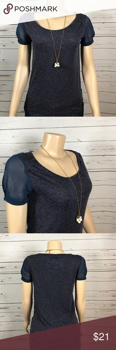 Princess Vera  Wang top with sheer sleeves size XS This wardrobe staple has the Vera Wang touch of sheer sleeves.  Dress it up or down!  Excellent condition. Size XS I am a suggested user with hundreds of 5 star ratings!!  I love bundles and reasonable offers! Princess Vera Wang Tops Tees - Short Sleeve