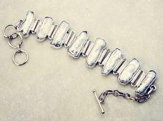 #iloveher #instasmithy #hongkong #inspiration #sea #giftidea #BabyJewelry #bangle #bracelet #silver #gemstone #pearl #of #mother #handmade #gems #jewelry #riyo #vscocam #earing #sterlingsilverjewelry