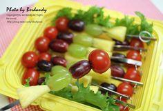 ::과일 도시락::피크닉도시락/와인안주/모듬과일안주/과일꼬치 : 네이버 블로그