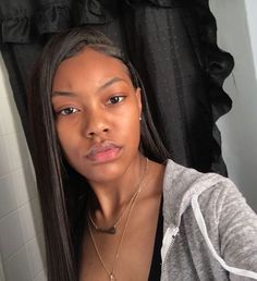 Acne – Skin Care Treatments, Tips & Advice Black Girls Hairstyles, Cute Hairstyles, Straight Hairstyles, Glowy Skin, Flawless Skin, Natural Face, Natural Hair Styles, Natural Glow, Natural Beauty