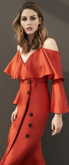 #Farbberatung #Stilberatung #Farbenreich mit www.farben-reich.com Who made Olivia Palermo's orange button dress?