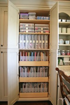 Dream organization -the slide out shelves with the papers all organized and not crammed together!!