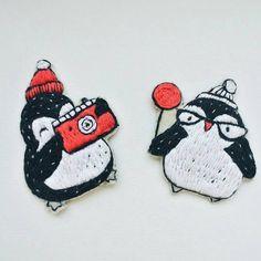 @Regranned from @emmanekrasova_art - Они такие милые . . . #emman_брошь #брошьпингвин #снегирь #снегирьброшь #вышитаяброшь #брошьгладью #пингвин #пингвины #handembroidery #auction_vip_foto - #regrann