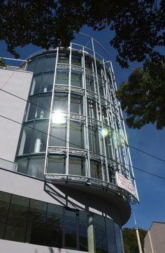 Glas-/Büroturm Fürstenweg 8; Architekt Kritzinger #architecture #glass #tower Ladder, Corning Glass, Stairway, Ladders