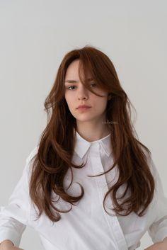 Long Hair With Bangs, Haircuts For Long Hair, Hairstyles Haircuts, Straight Hairstyles, Cool Hairstyles, Medium Hair Styles, Curly Hair Styles, Mode Hippie, Long Layered Hair