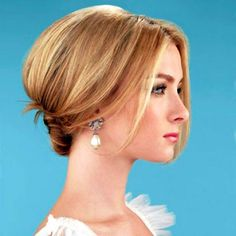 http://www.mediumhairstylepics.net/wp-content/uploads/2015/02/wedding-hairstyles-short-hair-54efcc1c07f70.jpg