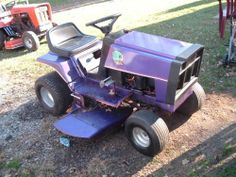 Another pic of sis's purple marvin martian tractor.