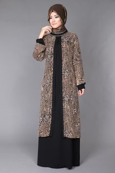 Leopar Şifon Yelek Görünümlü Elbise TUA3392 Kahve&Siyah Hijab Gown, Hijab Dress Party, Hijab Evening Dress, Abaya Designs, Muslim Women Fashion, Islamic Fashion, Abaya Fashion, Fashion Dresses, Batik Blazer