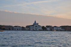 La Chiesa del Redentore che si affaccia sul Canale della #Giudecca a #Venezia http://www.veneziaunica.it/content/chiesa-del-redentore