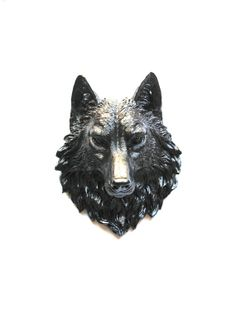 Faux Taxidermy Large Wolf Head Wall Decor Wall Mount: Willem the Wolf in brown black