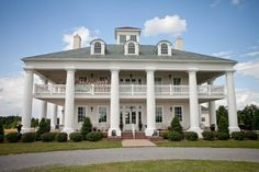 Country Plantation House - Greenville, KY