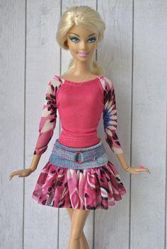 Handmade top and skirt for Barbie dolls