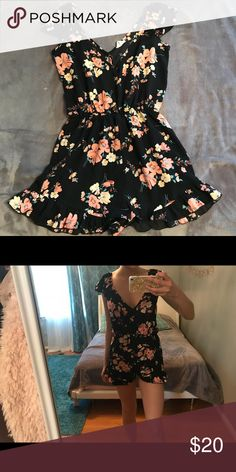 ec61a480c7cc9 Floral romper Very good condition, super cute for the summer and beach.  Pins & Needles Other
