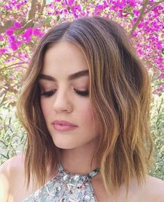 lucy hale, pretty little liars, and hair Bild