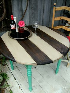 Love this table and want a k kitchen table like this!