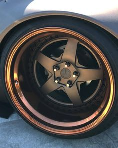 Little bit of gold Owner:? - Tap The Link Now Find that Perfect Gift Rims For Cars, Rims And Tires, Gold Wheels, Car Wheels, Custom Wheels, Custom Cars, Acura Nsx, Car Gadgets, Automobile
