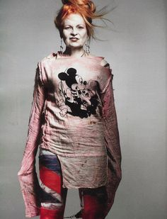 Dame Vivienne Westwood, DBE, RDI is an English fashion designer and businesswoman, largely responsible for bringing modern punk and new wave fashions into the mainstream. Vivienne Westwood, Fashion Moda, Punk Fashion, Dame, Moda Punk, Punk Mode, Craig Mcdean, English Fashion, British Fashion