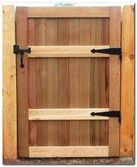 Classic Wooden Gates Will Make Your Home Look Great - The Urban Interior Wood Fence Gates, Garden Gates And Fencing, Wooden Gates, Bamboo Fence, Diy Gazebo, Backyard Pergola, Pergola Kits, Pergola Ideas, Fence Ideas