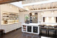 House beautiful kitchen designs 0 house beautiful kitchens kitchens of the Home Design, Küchen Design, Interior Design, Design Trends, Beautiful Kitchen Designs, Beautiful Kitchens, Beautiful Homes, House Beautiful, New Kitchen