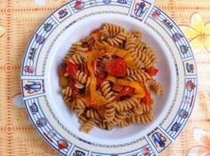 Fusilli con peperoni e pomodorini   #vegan #vegetarian