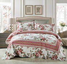 DaDa Bedding Cottage Roses Reversible Patchwork Quilted Bedspread Set