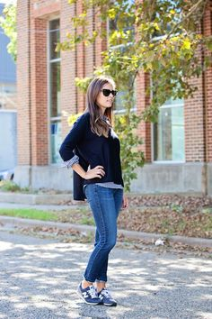 """10 Everyday Easy """"Cool Mom"""" Outfits You Can Throw Together In No Time At All"""
