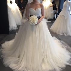 12709ケイトハドソン! バレリーナより好きな感じでした。 #verawang #12709 #日本中の花嫁さんと繋がりたい #weddingdress