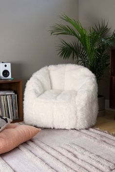 Maggie Faux Fur Shag Chair is part of Dorm room decor Cuddle up in this fuzzy faux fur chair that adds a chic vibe to any space In a rounded, legless design with tapered arms, vertical seaming + ex - Bedroom Chair, Room Ideas Bedroom, Dream Bedroom, Girls Bedroom, Bedroom Decor, Dorm Room Chairs, Bedroom Stuff, Bedroom Wall, Wall Decor