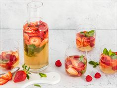 Lime Drinks, Alcoholic Drinks, Cocktails, Valeur Nutritive, Infused Water, Detox Drinks, Grapefruit, Panna Cotta, Ethnic Recipes