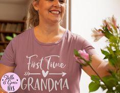 First Time Grandma Shirt, Grandparent Pregnancy Announcement, Pregnancy Announcement Gift for Grandma, New Grandparent Gift