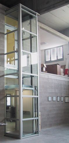 Fahrstuhl bis 200cm rollstuhl lift hebeb hne plattformlift for Home elevators direct