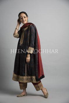 Source by rdeepkaur outfits indian Pakistani Fashion Casual, Pakistani Wedding Outfits, Pakistani Dress Design, Bridal Outfits, Pakistani Dresses, Indian Outfits, Indian Fashion, Frock Fashion, Fashion Dresses