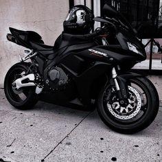 Motorbike Girl, Motorcycle Bike, Super Bikes, Fancy Cars, Cool Cars, My Dream Car, Dream Cars, Ninja Bike, Futuristic Motorcycle