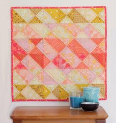Spring Coral Mini Quilt | Go bold this spring with this stunning mini quilt!