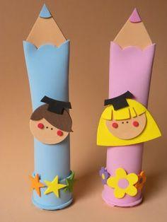 Do it yourself projects / DIY; Kids Crafts, Creative Crafts, Diy And Crafts, Arts And Crafts, School Gifts, Graduation Gifts, Pot A Crayon, Puppet Crafts, Preschool Graduation