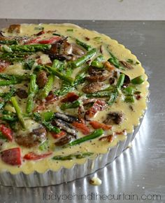 The BEST Quiche! That& what I kept hearing at the Ladies Brunch. This Asparagus Bacon Quiche is full of smoky bacon with fresh asparagus and creamy shredded cheese. Asparagus Quiche, Asparagus Bacon, Bacon Quiche, Fresh Asparagus, Frittata, Breakfast Quiche, Breakfast For Dinner, Breakfast Dishes, Breakfast Recipes